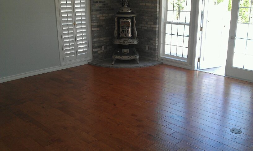 Woodfloors in living area